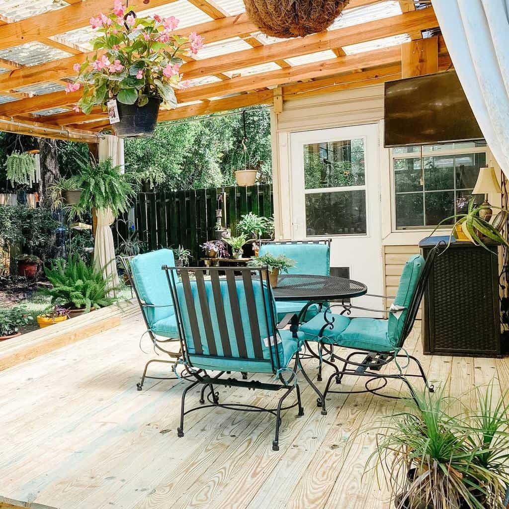 Deck DIY Backyard Ideas -heartandhammock