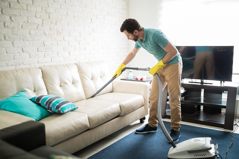 Deep-clean-your-place-or-car-New-Years-Resolution-Ideas-For-Men