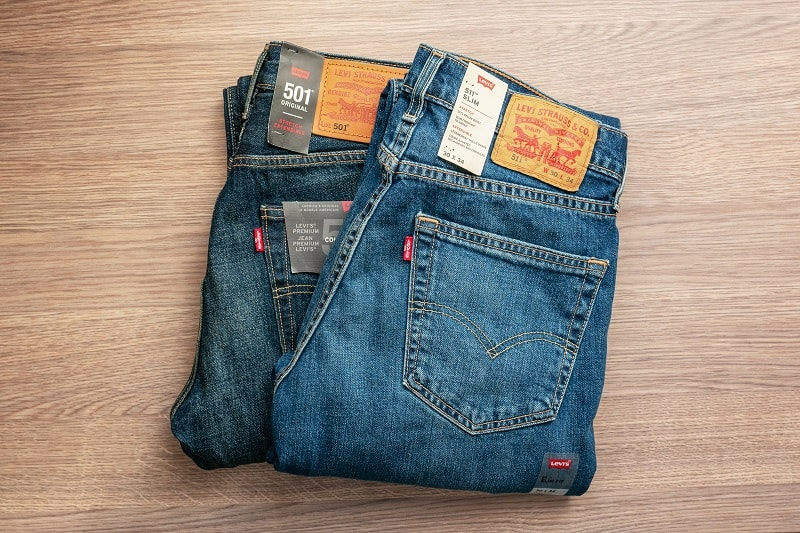 Differences-Between-Levis-501-and-Levis-505