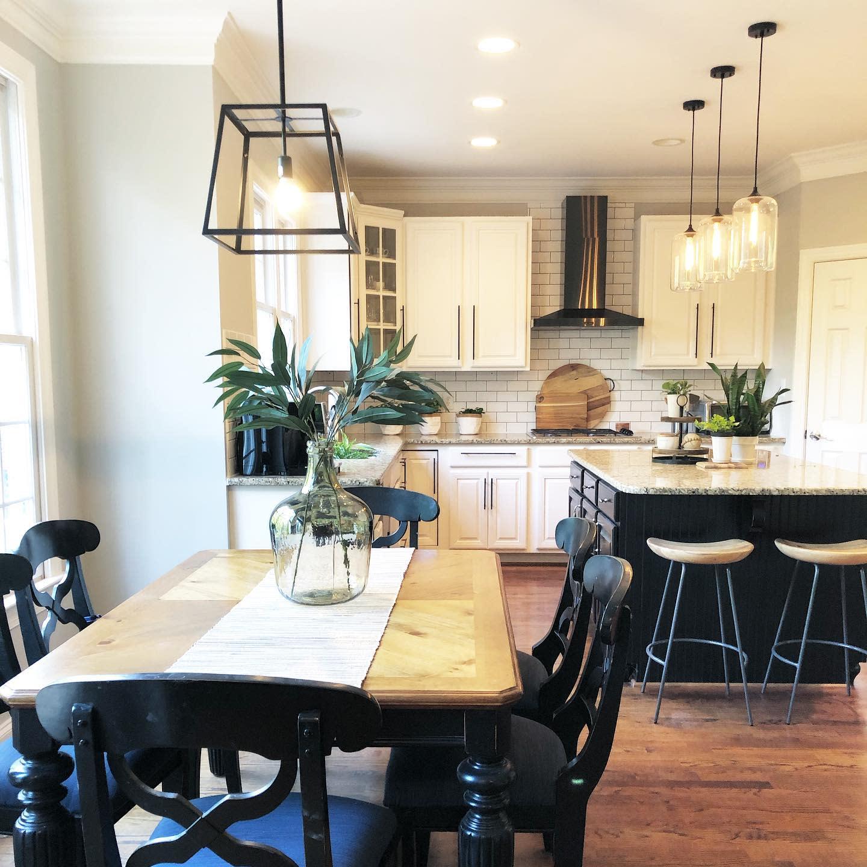 Top 34 Dining Table Decor Ideas