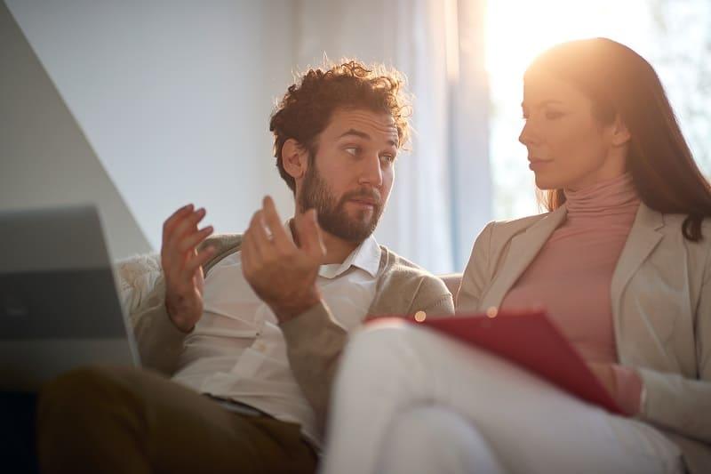 Drängen-Sie-Ihren-Partner-nicht-um-schneller-zu-Make-It-Working-mit-einem-Ex