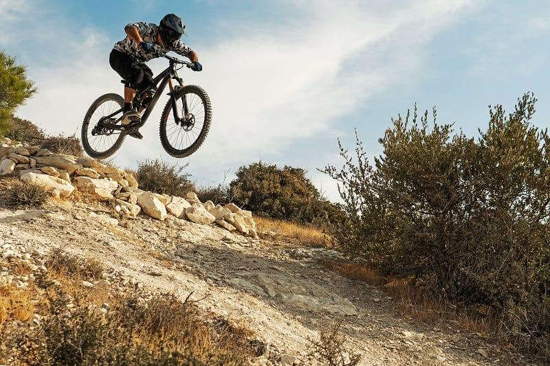 Downhill-Mountainbiking-Gefährlicher-Sport-in-der-Welt