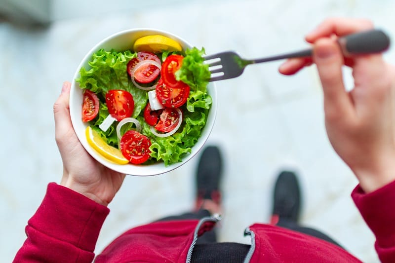 Eat Right - Timely Gains Working Out