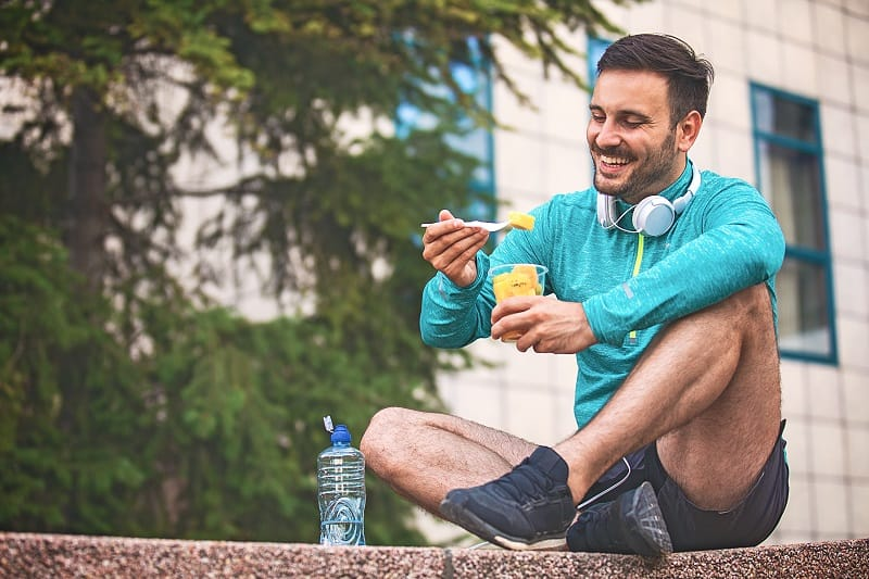 Eat-and-drink-well-Tips-For-Running-Beginners
