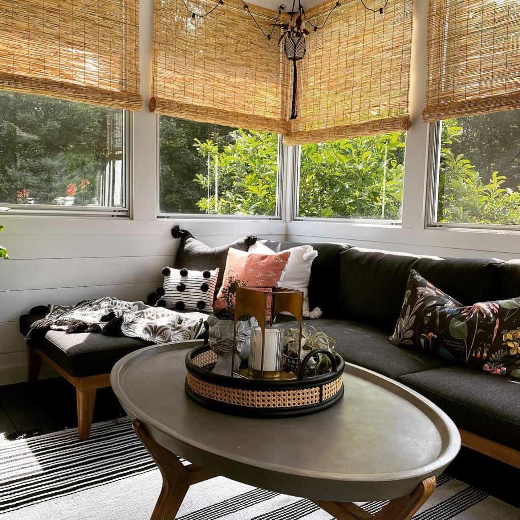 Elegant Sunroom Furniture Ideas tonya_swart