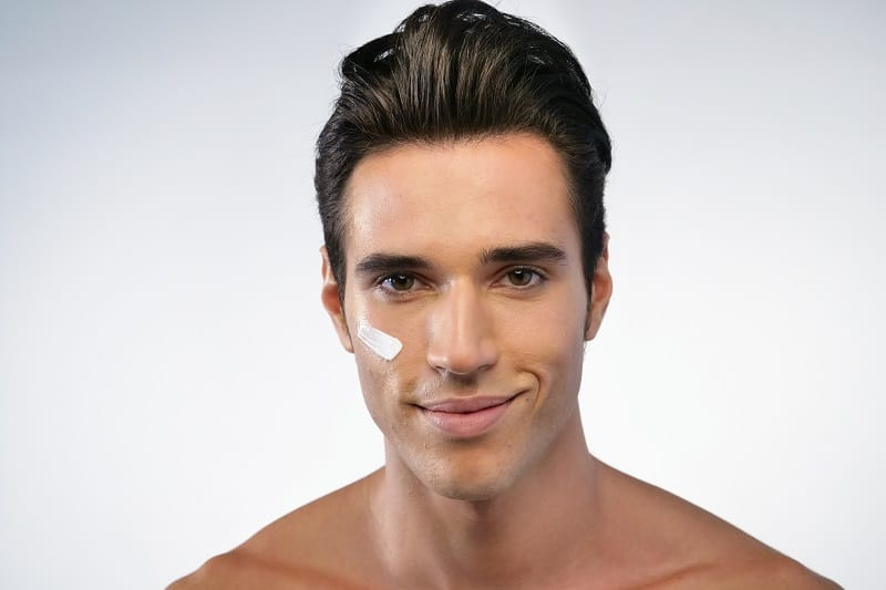Skincare Tips For Men – The Essential Routine Every Man Should Know