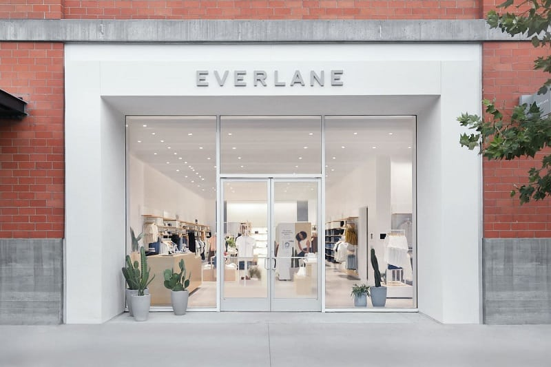 Everlane-Sustainable-and-Ethical-Clothing-Brands-for-Men