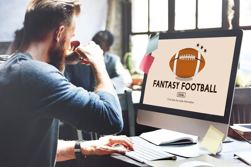 Fantasy-Sports-Hobbies-For-Men