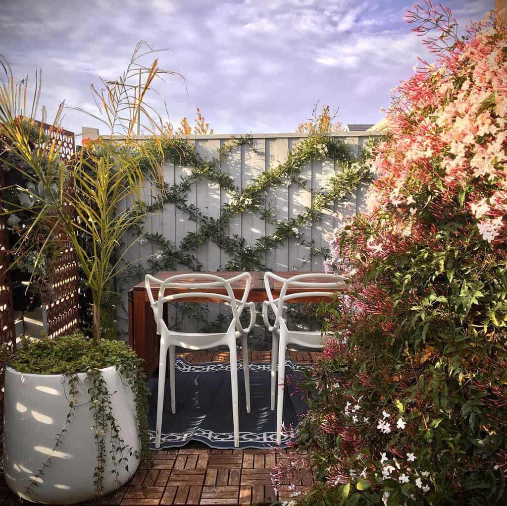 Fence Deck Privacy Ideas -smilecrescent