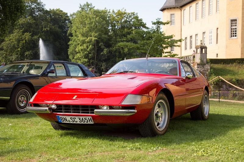 Ferrari-365-GTB