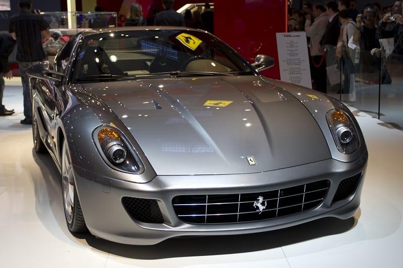 Ferrari-599-Manual