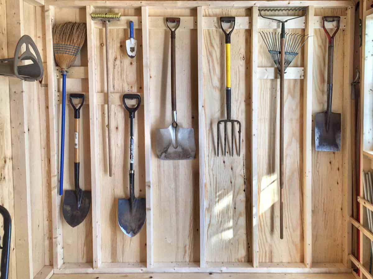 Garage Tool Storage Ideas -_welcome.to.my.garden_