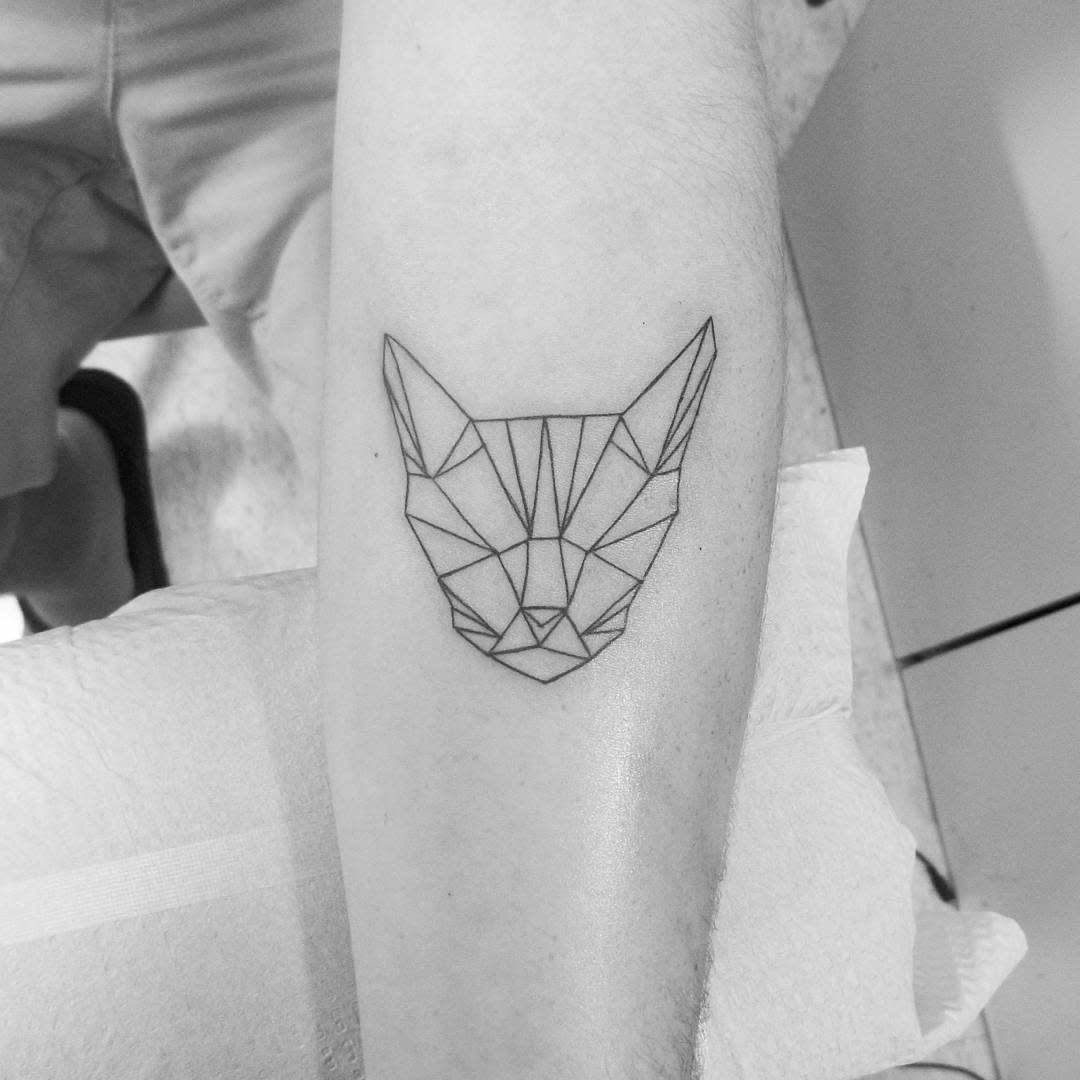 Geometric Cat Outline Tattoo artbykalinphilmore
