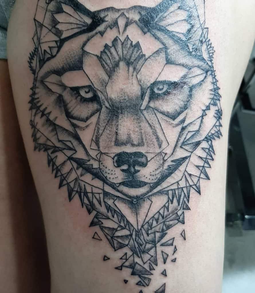 Geometric Fox Thigh Tattoo paulo.rosas