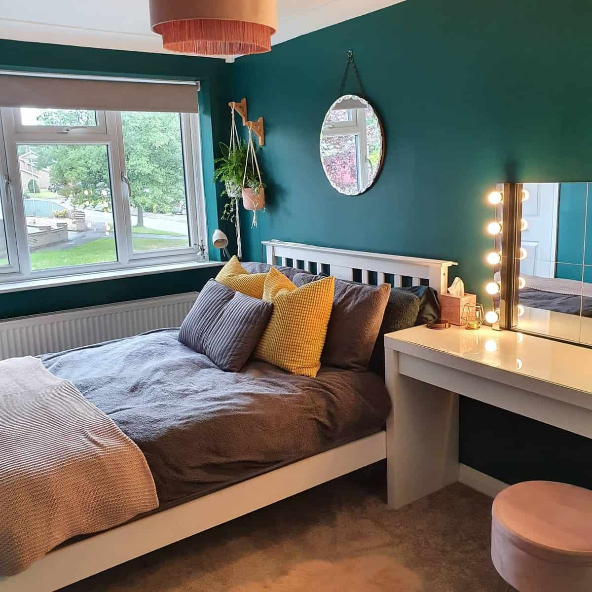 Girl Green Bedroom Ideas -my_1970s_home_makeover