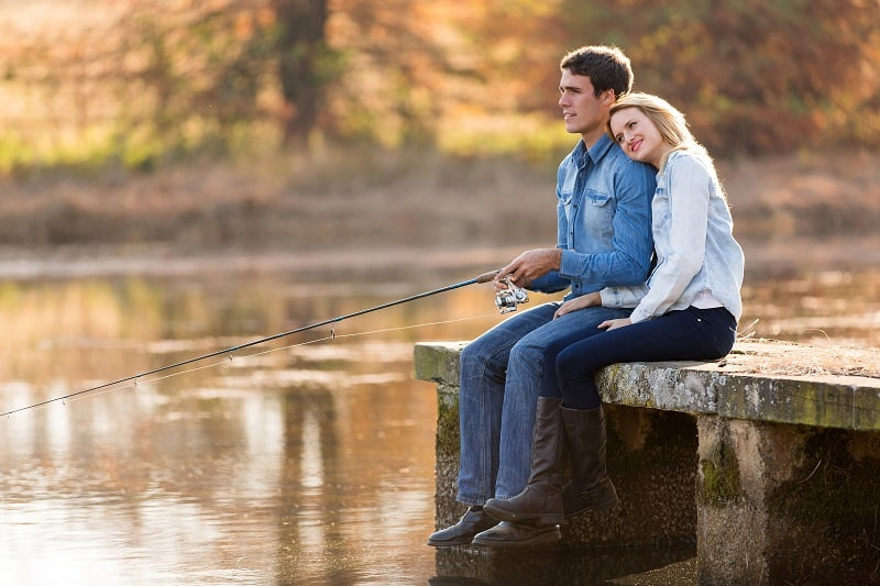 Go-Fishing-at-the-Beach-Lake-or-River-To-Keep-The-Romance-Alive