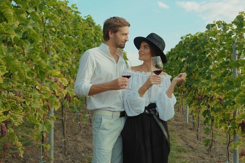 Go-on-a-Wine-Tour-To-Keep-The-Romance-Alive