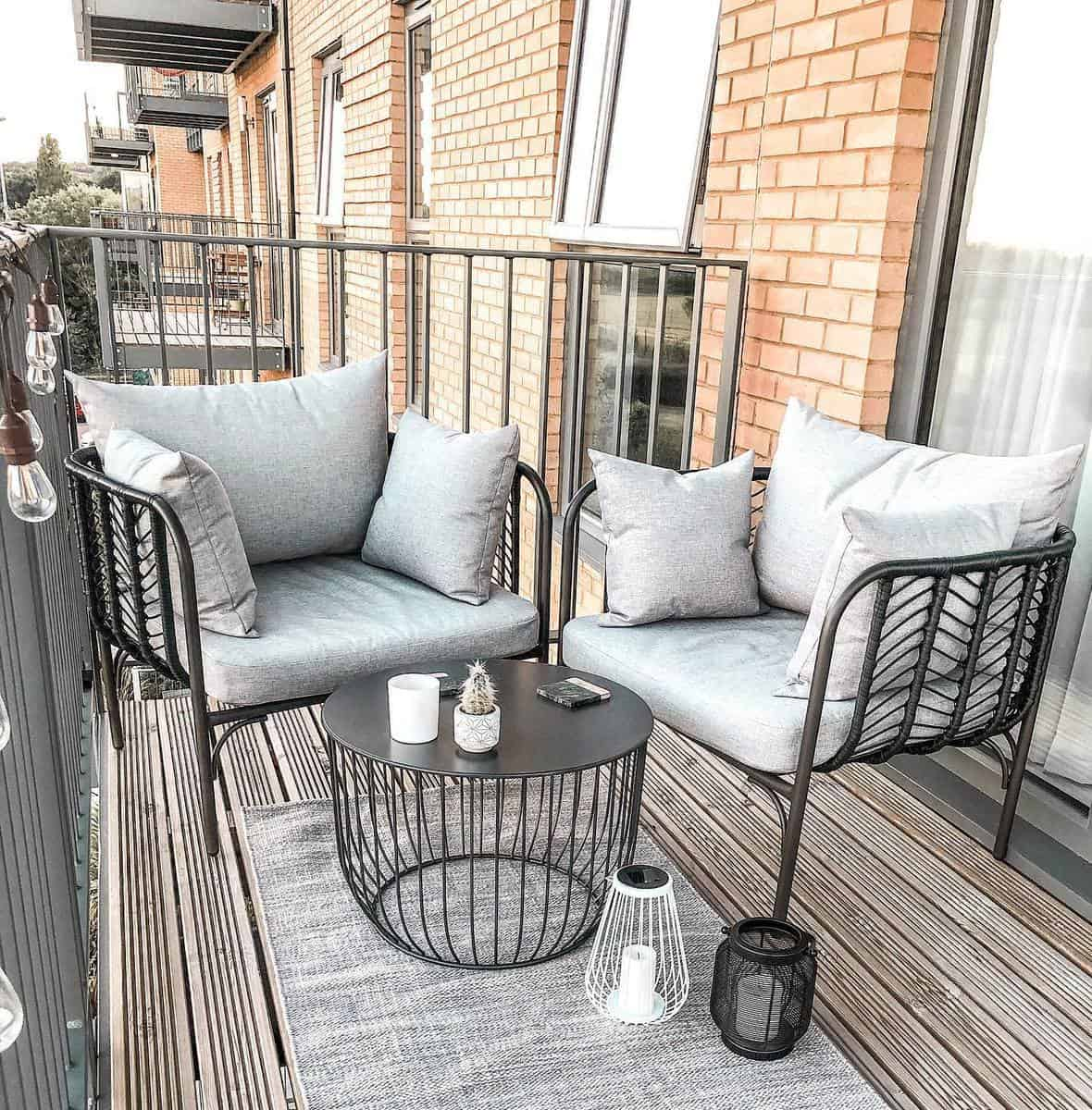 Gray Deck Color Ideas -thefrankiehome