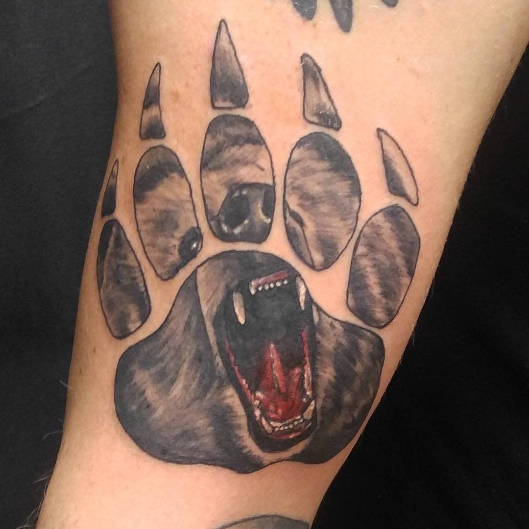 Grizzly Bear Paw Tattoo tattoojuan