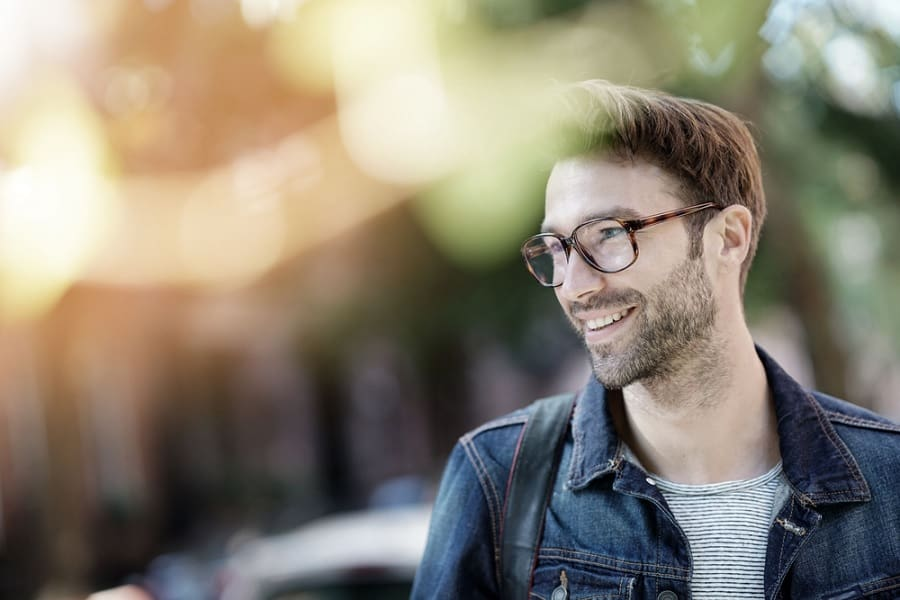Do Glasses Look Good On Guys? How to Look Good in Glasses