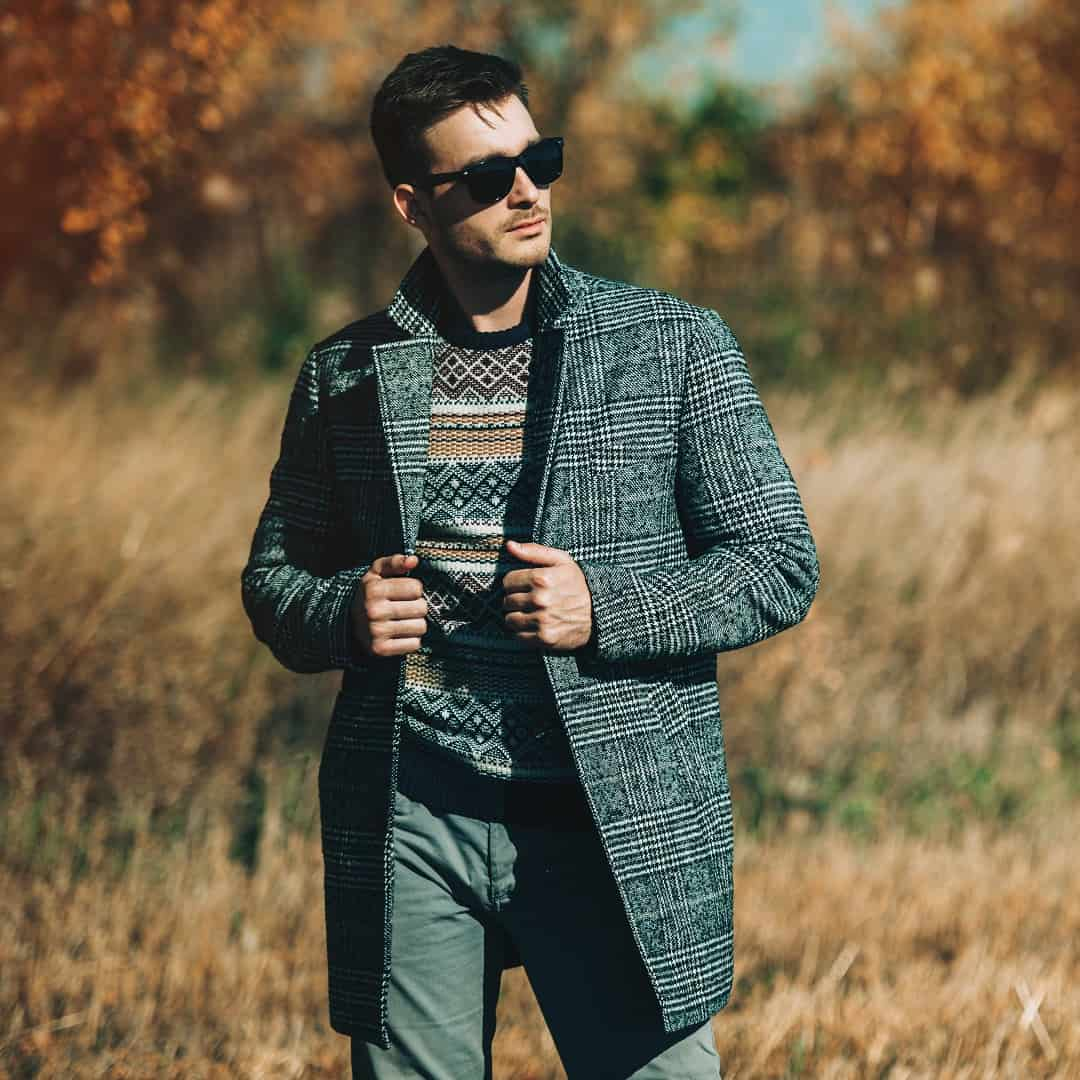 A,HandsHerringbone-Chesterfield-Coatome,Man,In,Countryside.,Autumn,Fashion,For,Men.,Freedom,