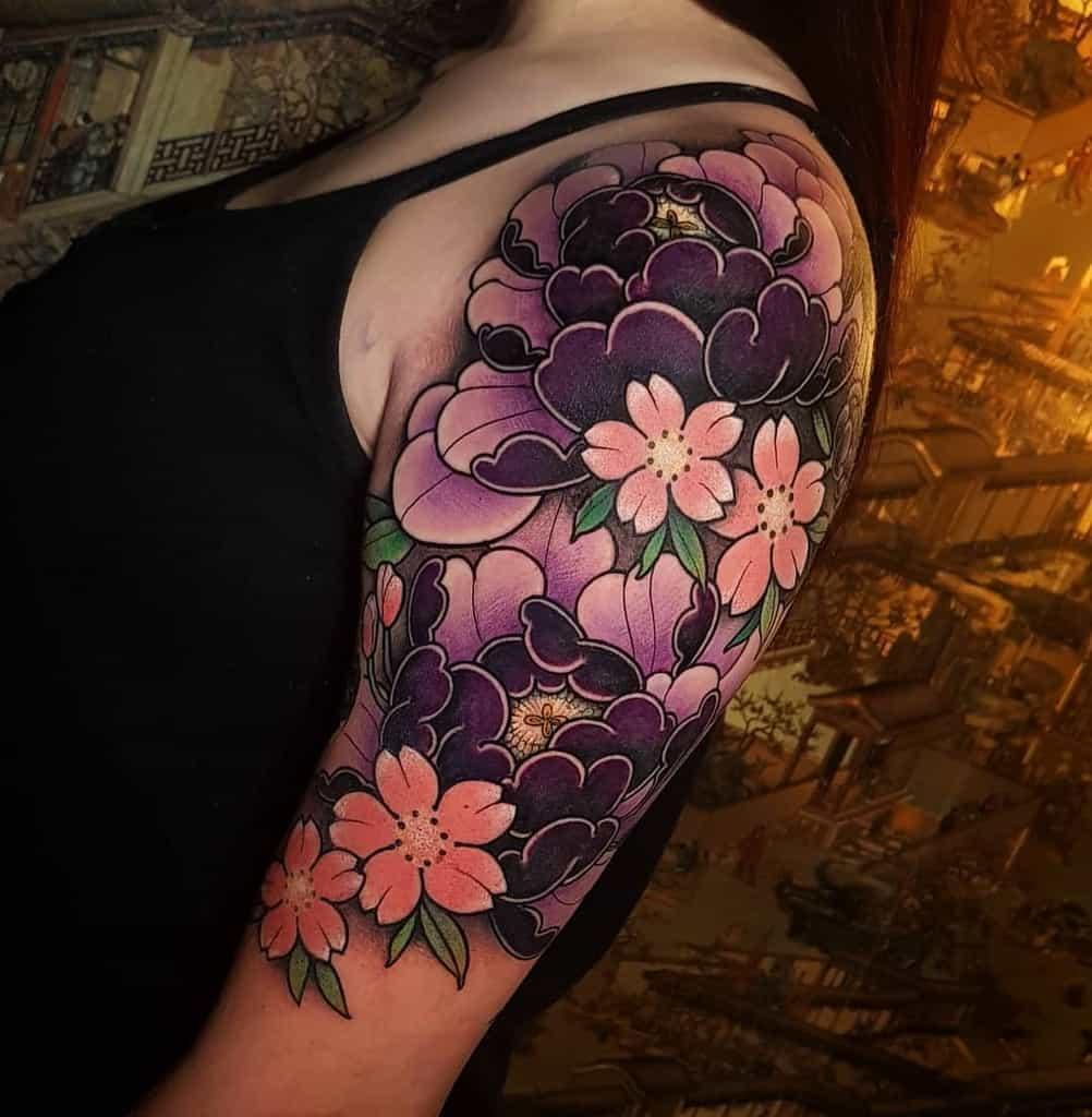 Japanese-Flower-Tattoo-Sleeve-barbaraleona