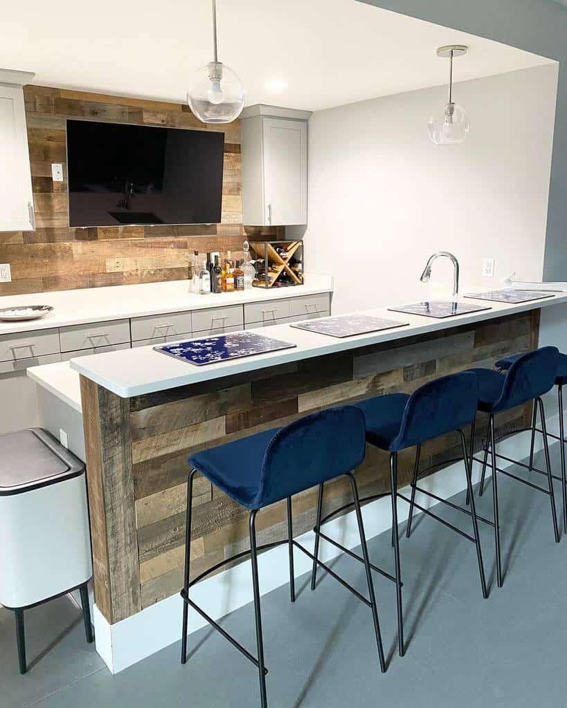 Kitchen Basement Bar Ideas home_on_hill
