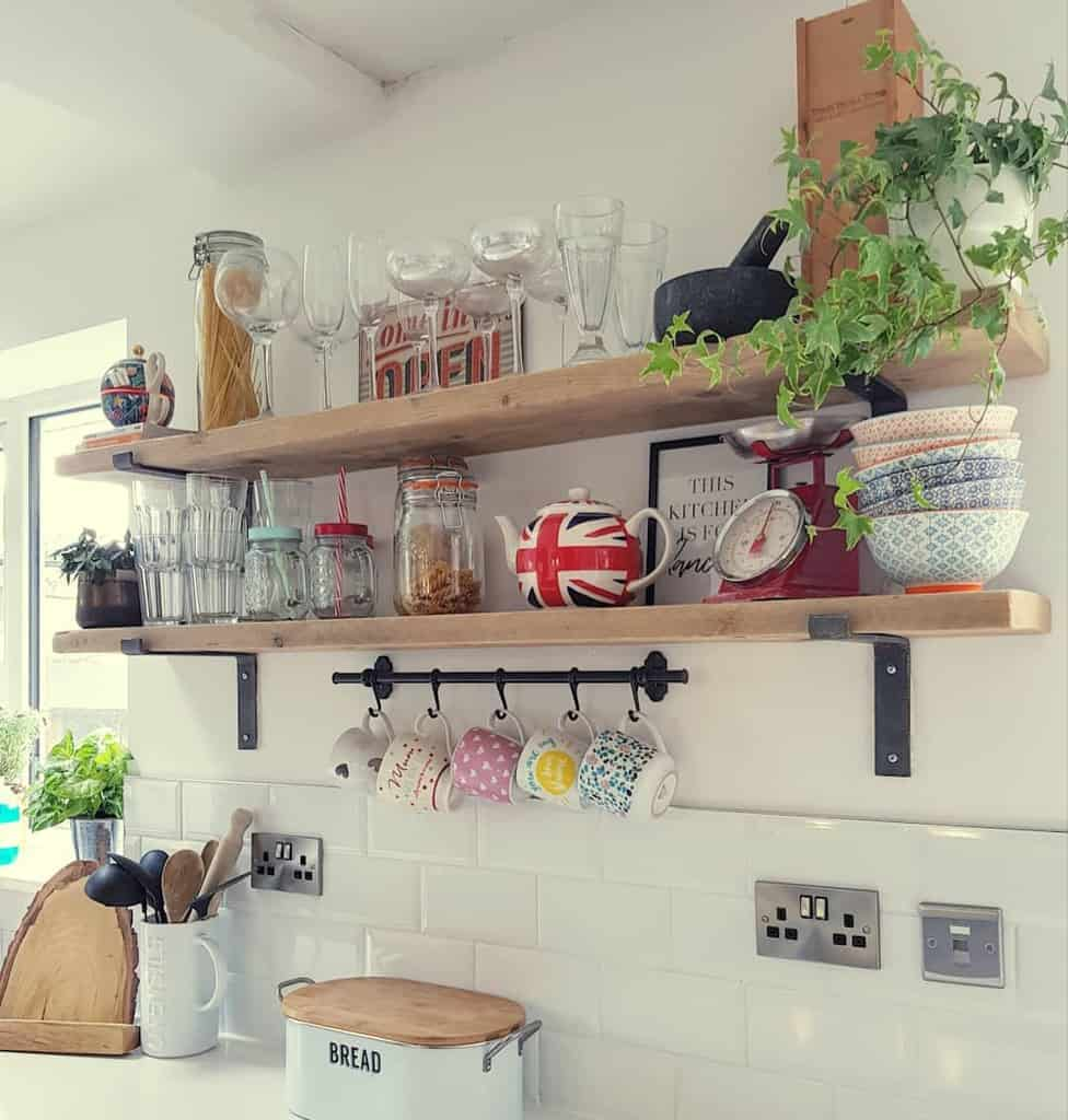 Kitchen Shelving Ideas renovating_no_36
