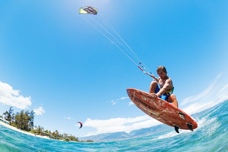 Kite-Surfing-Extreme-Sports-Ever-Man-Needs-to-Experience