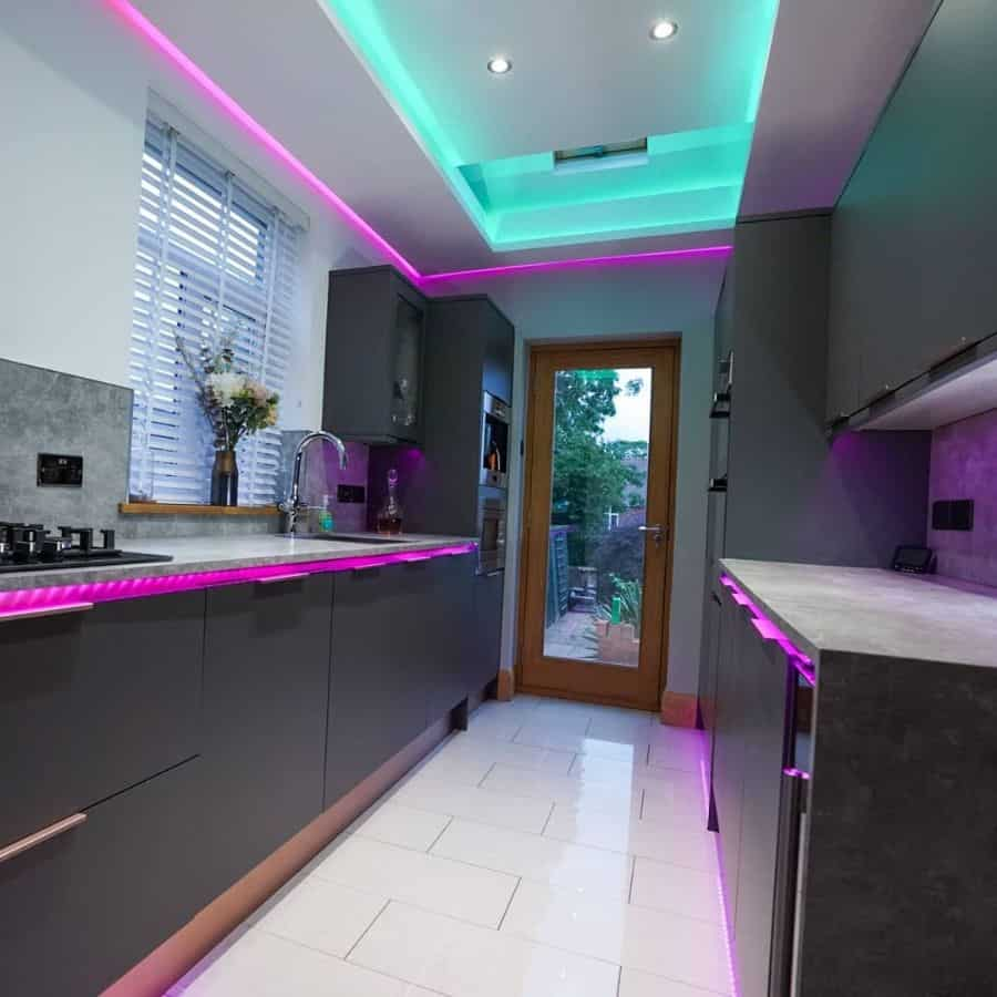 LED kitchen lighting ideas house.of.newbold