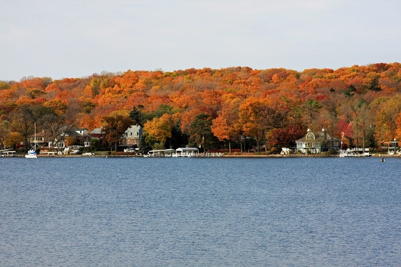 Autumn,Colors,At,Lake,Geneva,,Wisconsin