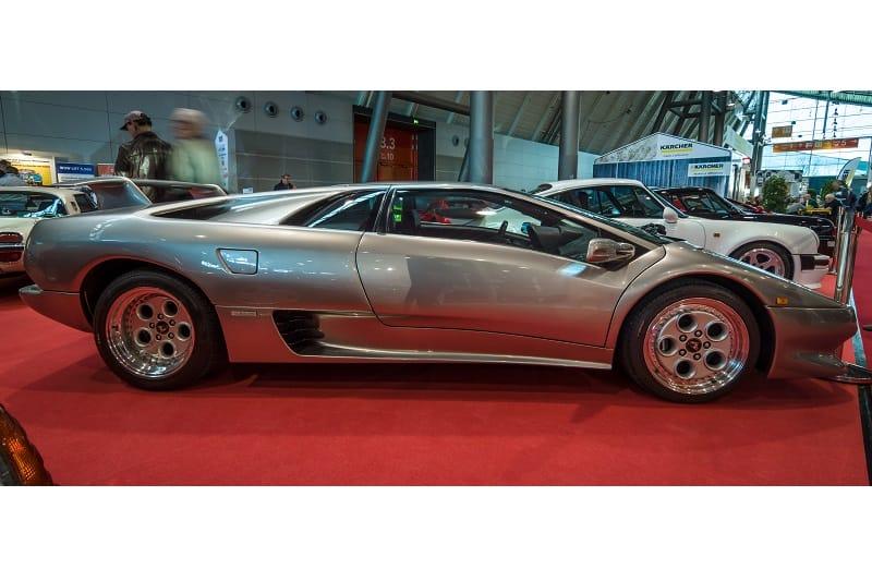 Lamborghini-Diablo-1990