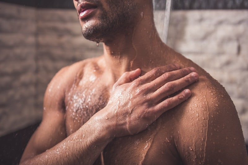 The 10 Best Body Wash Products For Men In 2021