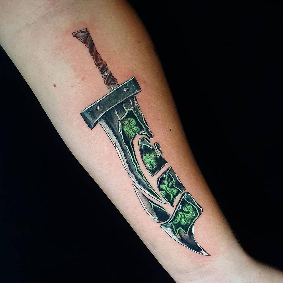 League of Legends Weapons Tattoo -matheusonetattoo