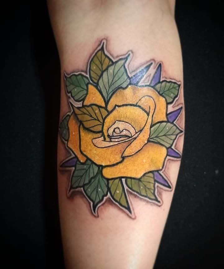 Leg Yellow Rose Tattoo -mauri.cosa.nostra