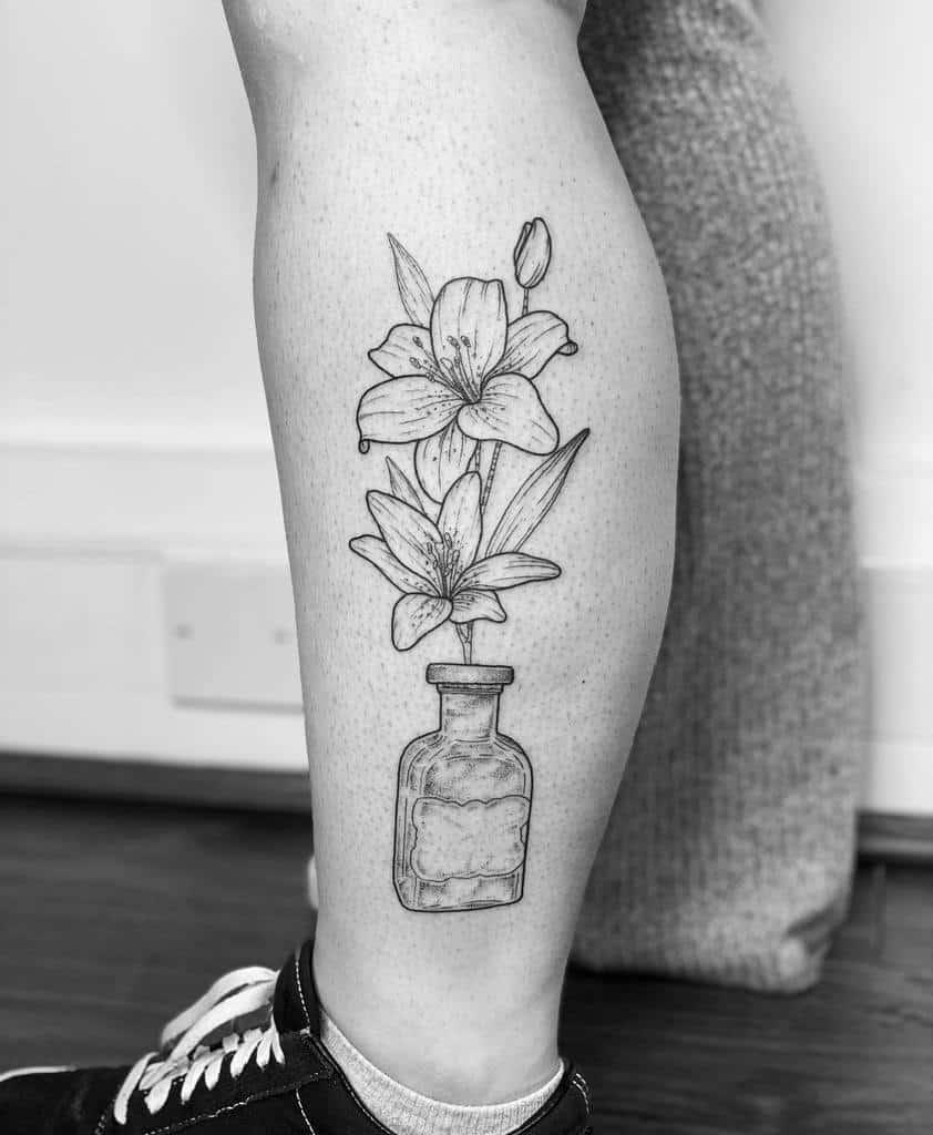 Linework Lily Tattoo Iamcharlottelee