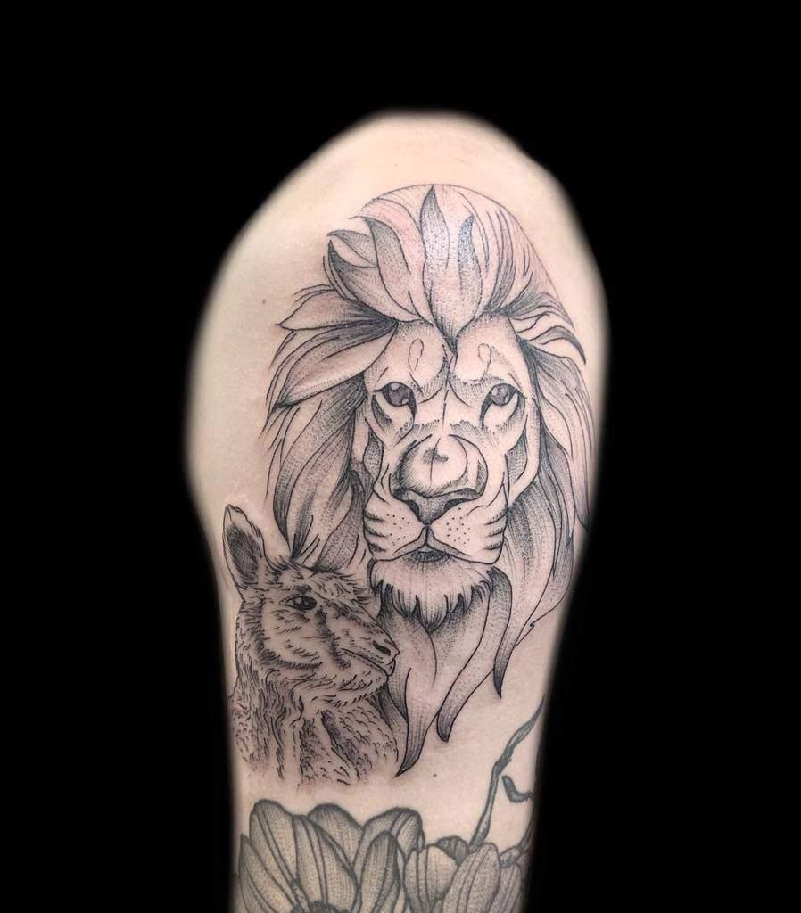 Lion and Lamb Shoulder Tattoo silveransalt
