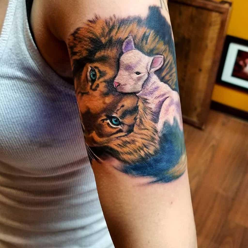 Lion and Lamb Shoulder Tattoo villaricaink