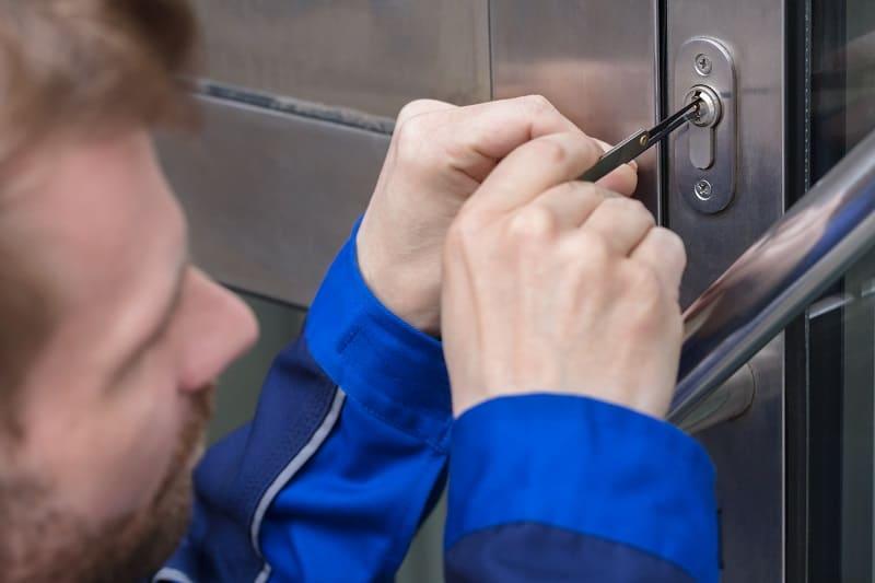 Lockpicking-Hobbies-For-Men