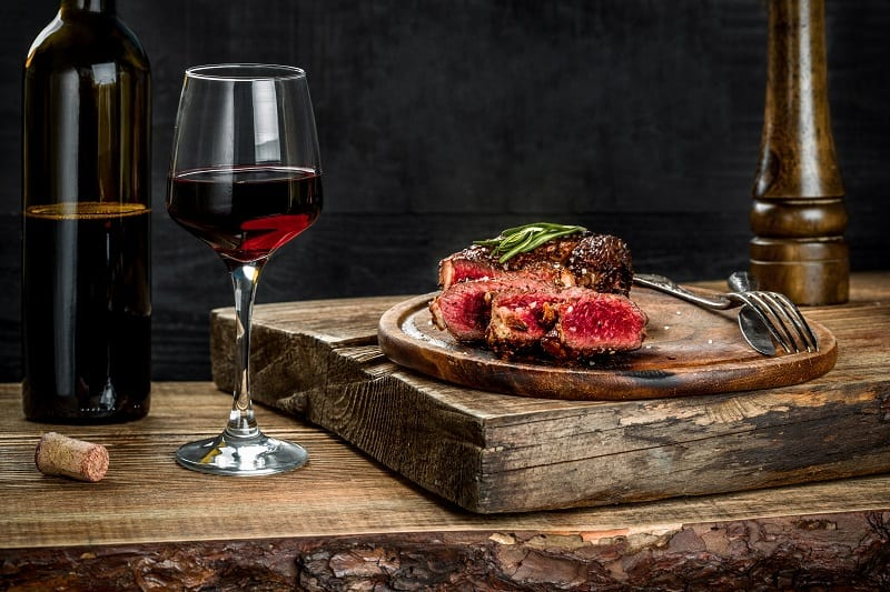 Matching-Wine-With-Steak
