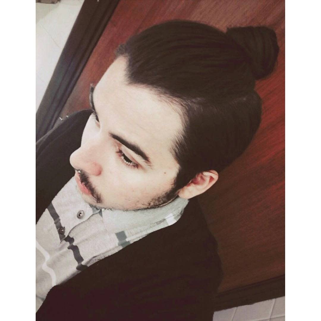 Men's Top Knot Hairstyle