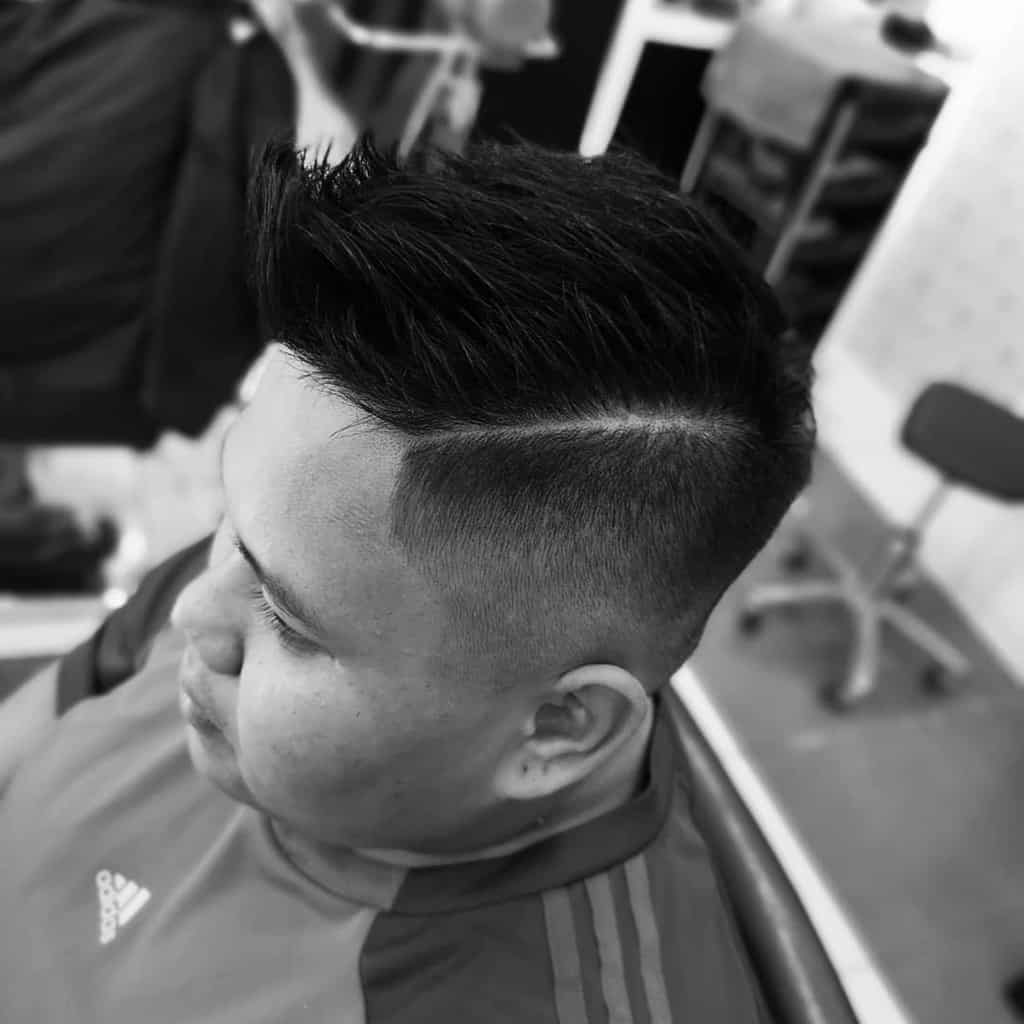 Messy Undercut With Spiky Hair eclips_hairstudio