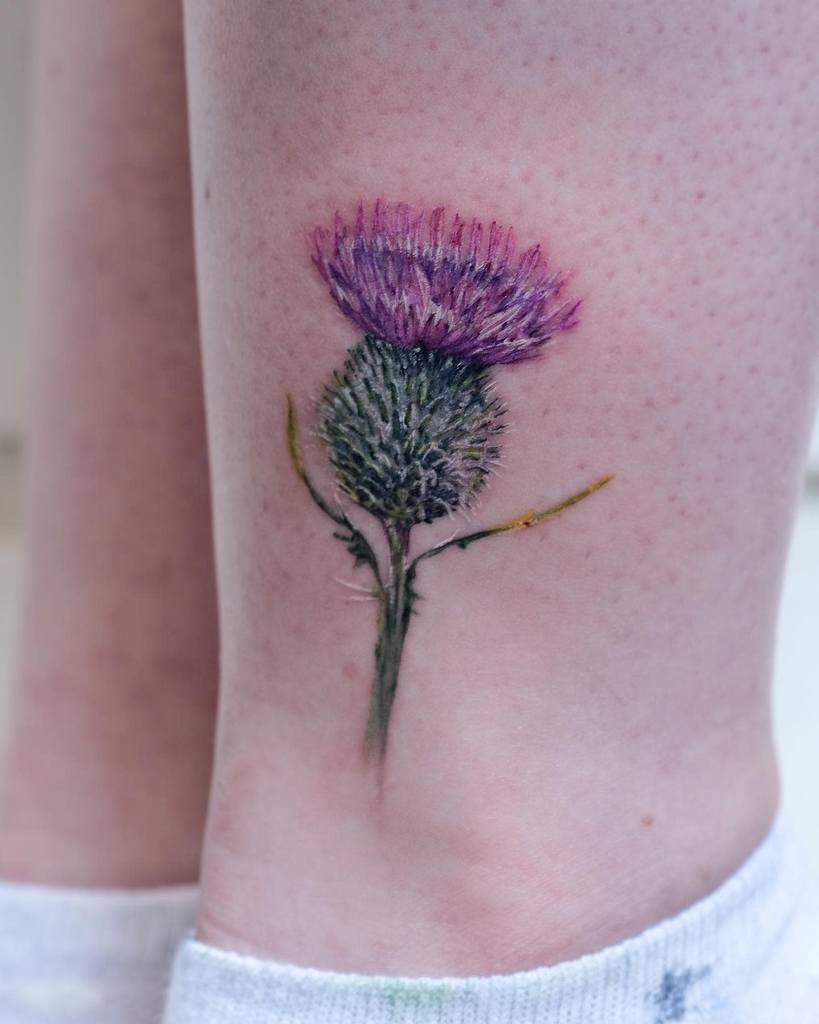 Minimalist Flower Ankle Tattoo lottekroon