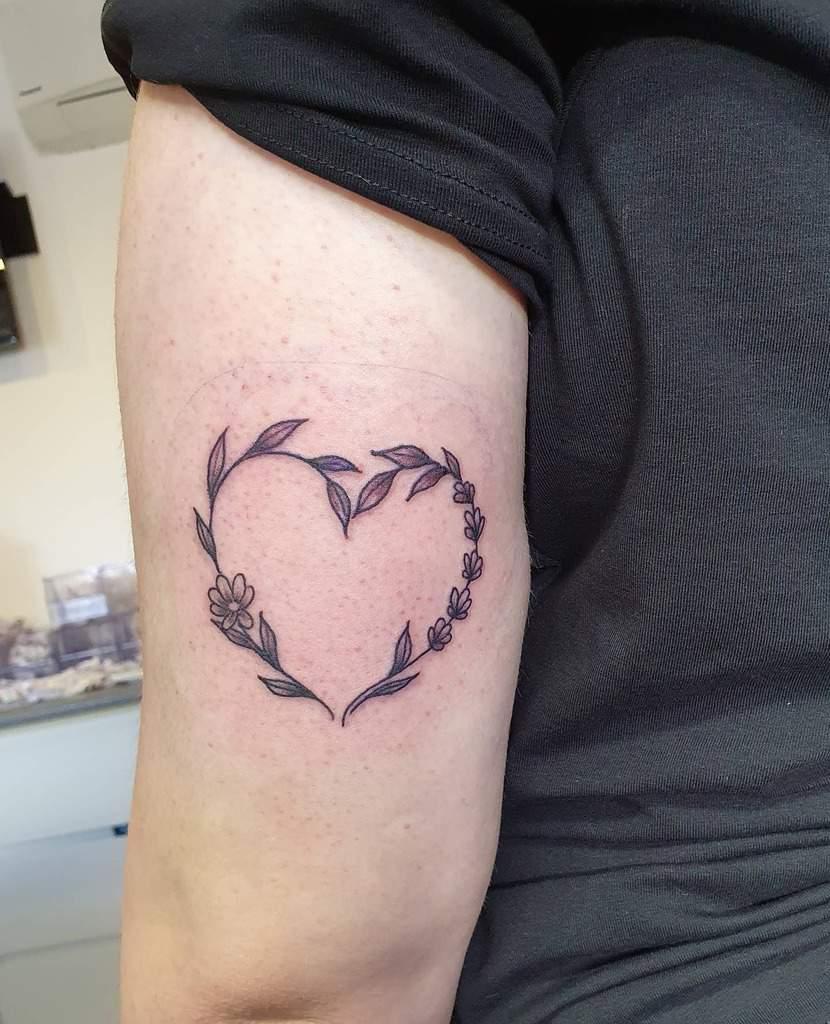 Top 63 Best Heart Tattoo Ideas