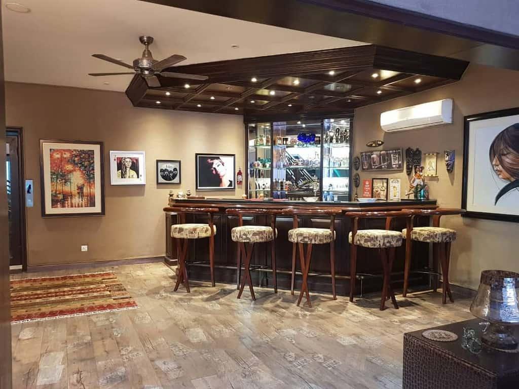 Modern Basement Bar Ideas architexture_design_soultions