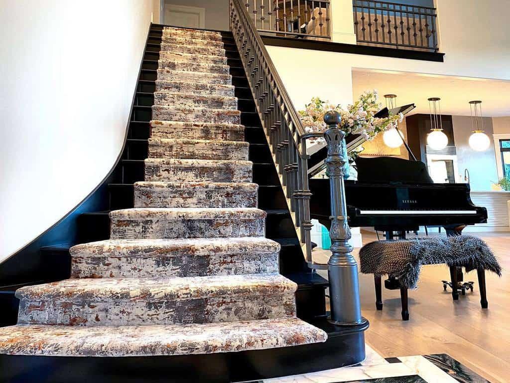 Modern Stair Runner Ideas -hertimelesshome