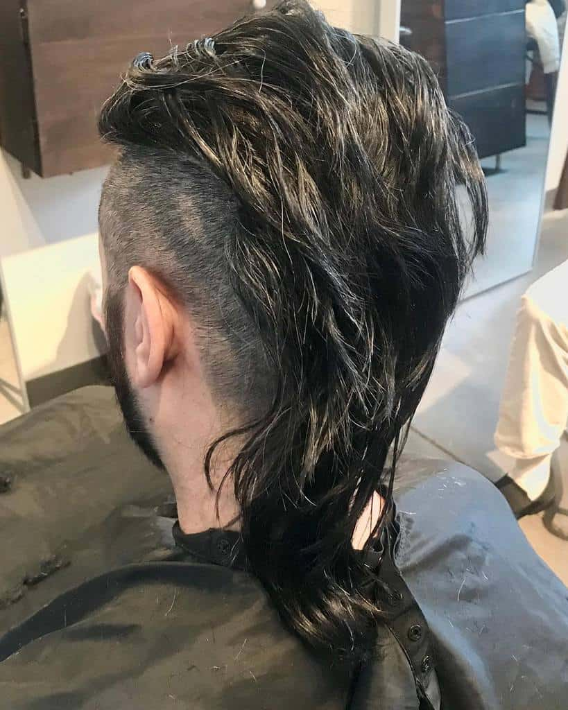 Mullet with Shaved Sides (Undercut Mullet)