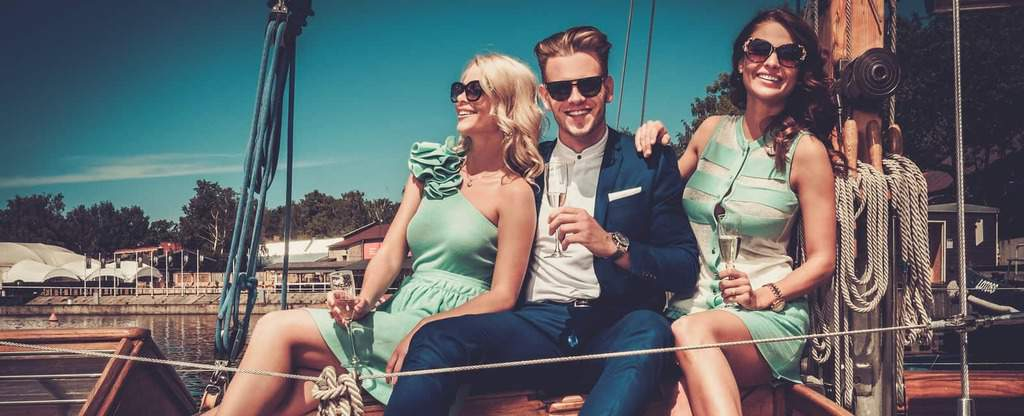 Nautical Fashion Outfits – 53 Ideas for Men & Women