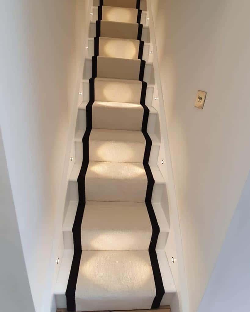 Neutral Stair Runner Ideas -firsttimehousetl