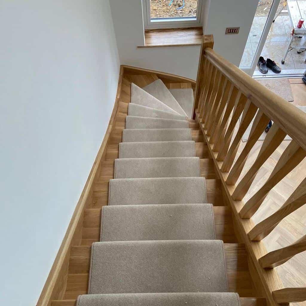 Neutral Stair Runner Ideas -vincentflooring